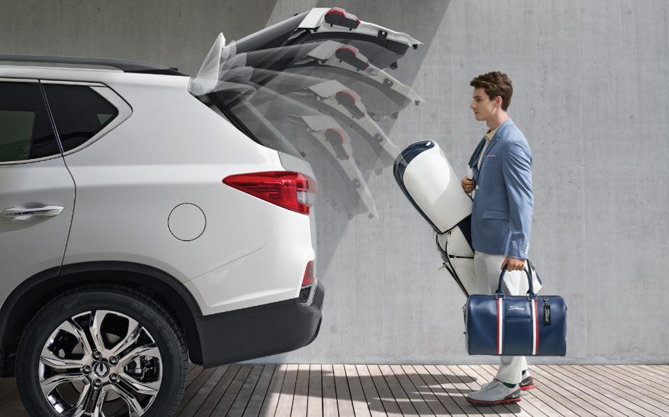 new-rexton-smart_tailgate