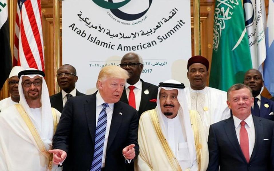 ntonalnt-tramp-saoudiki-arabia-sunodos
