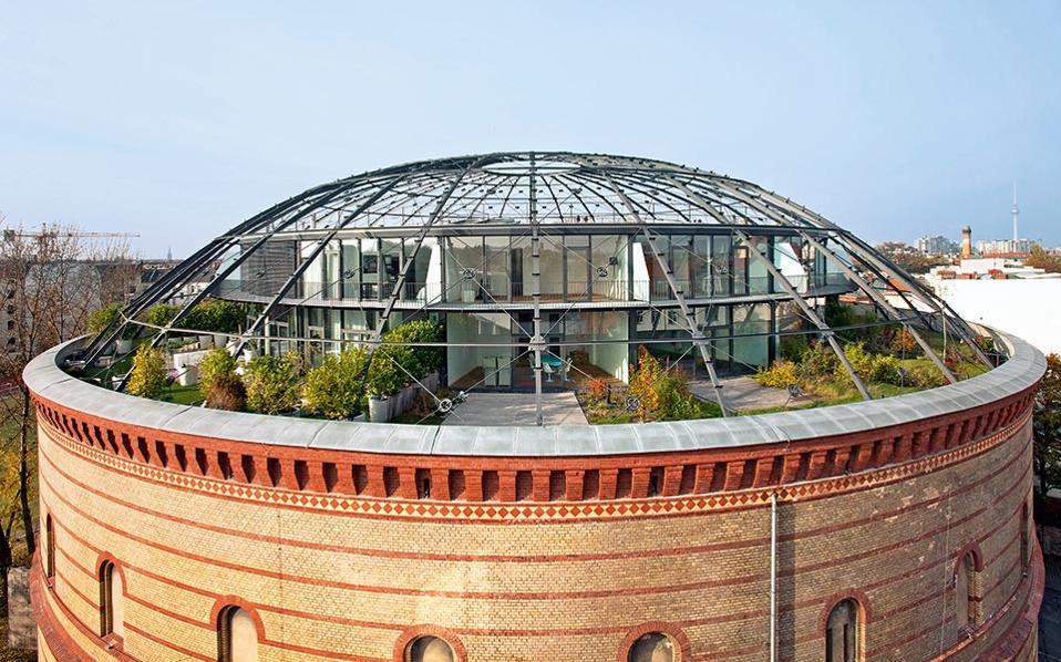 va_urban_rooftops_pr_100-101