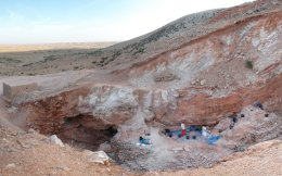Συνεχίζονται οι εργασίες στην περιοχή του Τζεμπέλ Ιρχούντ στο Μαρόκο, όπου εντοπίστηκαν τα αρχαιότερα απολιθώματα του Ηomo Sapiens.