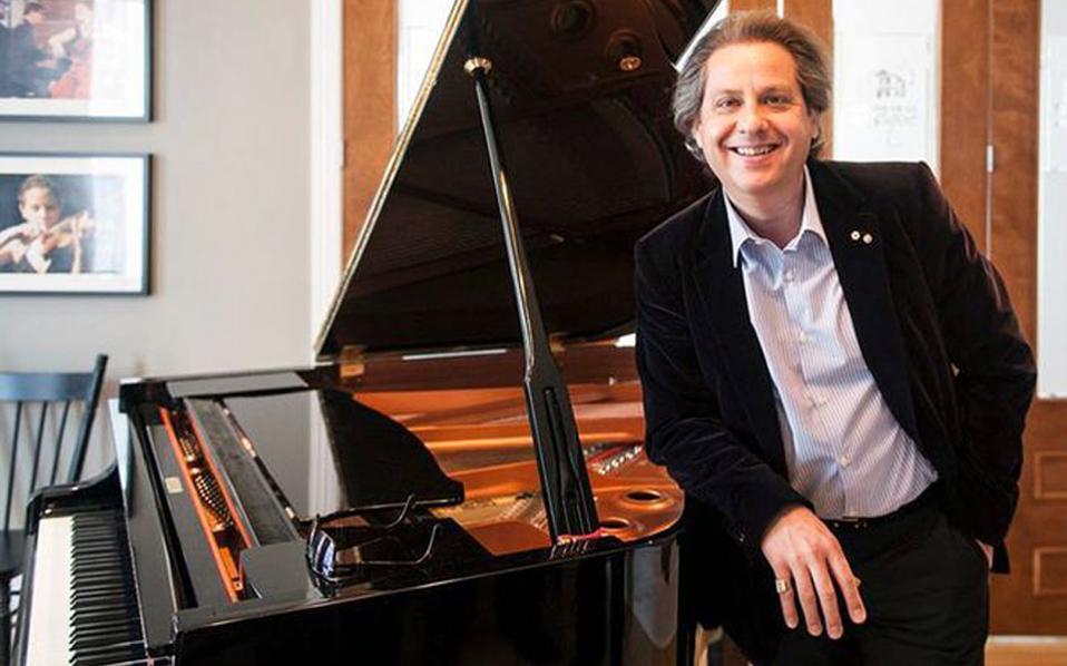 Ρεσιτάλ πιάνου του Alain Lefèvre για τους σκοπούς της Εταιρείας Προστασίας Σπαστικών.