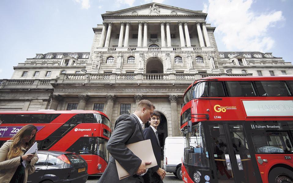 Η διχογνωμία των μελών του διοικητικού συμβουλίου της Τράπεζας της Αγγλίας είχε ως αποτέλεσμα να υποχωρούν κάποια στιγμή στη διάρκεια της χθεσινής ημέρας οι σημαντικότεροι ευρωπαϊκοί δείκτες άνω του 1% και του 1,5%.