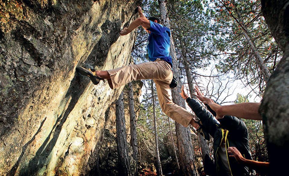 bouldering_naousa_tsolakis-17--2