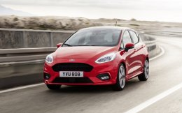 ford_fiesta2016_st-line_34_front_driving_13-low