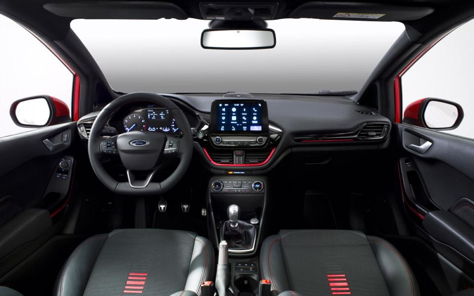 ford_fiesta2016_st-line_center_cockpit_03-low