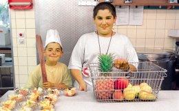 Τα Ελληνόπουλα δεν τρώνε πλέον φρούτα και λαχανικά. Οπότε θεριεύει η παιδική παχυσαρκία.