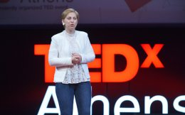 Επειτα από 2,5 χρόνια σκληρής καθημερινότητας, η κ. Κακαλή την περιέγραψε στο TedxAthens.