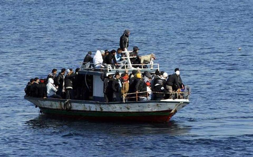 05s10refugess10