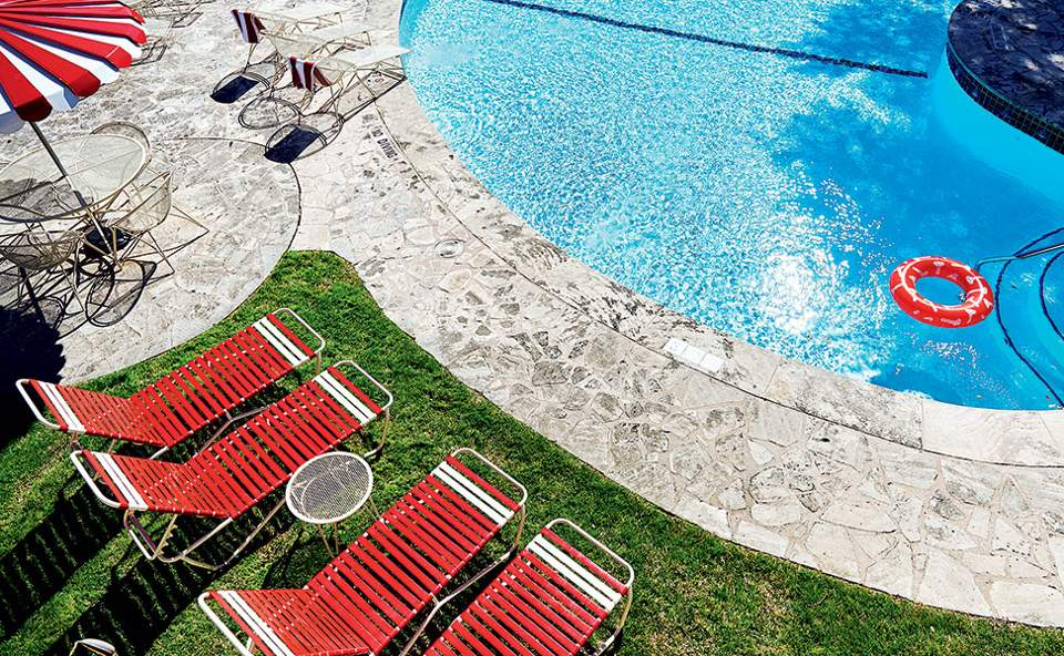 austin-motel---pool-scene---nick-simonite