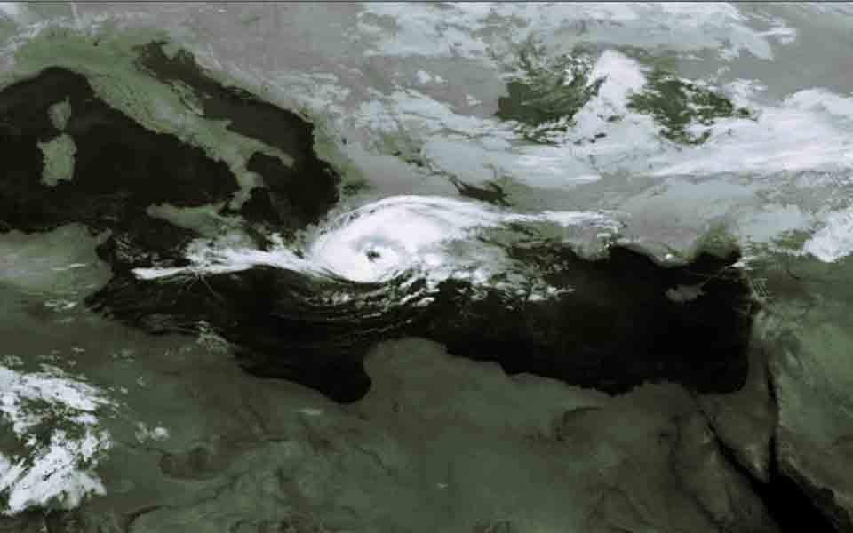 Τροπικές καταιγίδες στη Μεσόγειο