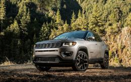 jeep-compass-2017-1600-03