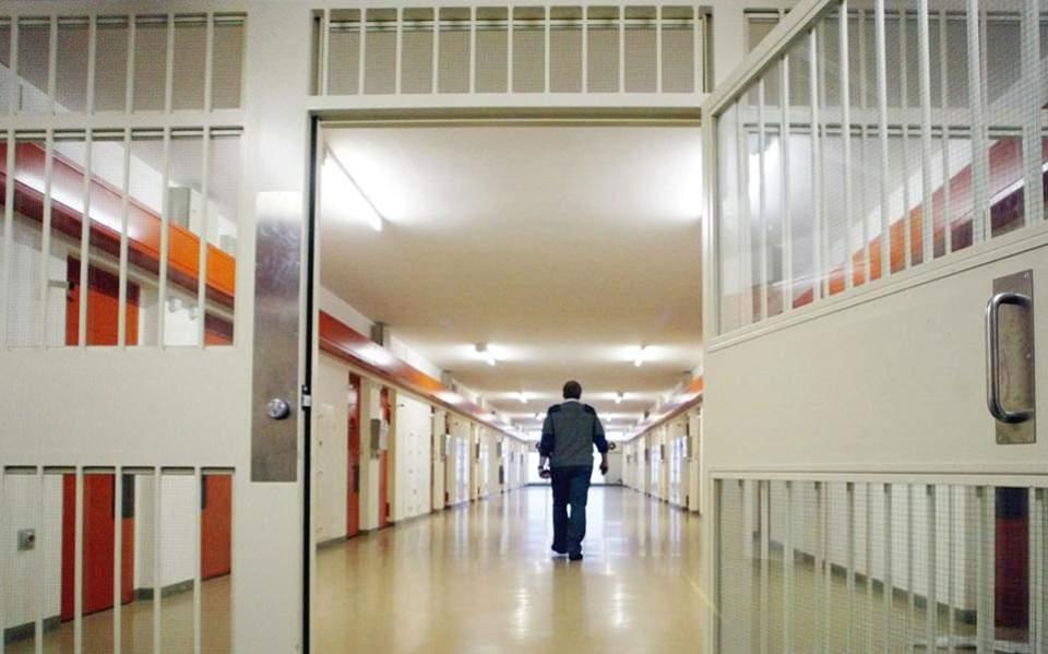 prison1-thumb-large