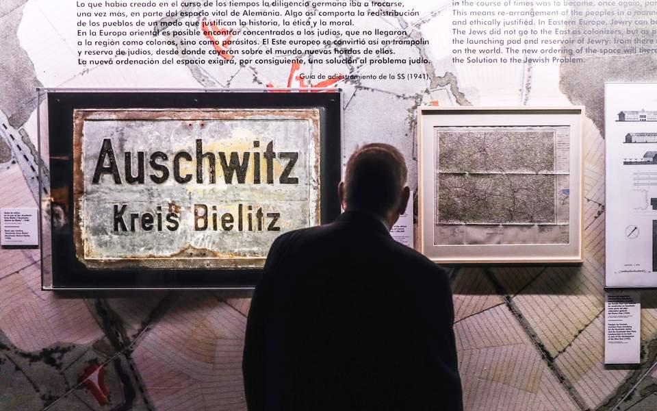 02s10auschwitz