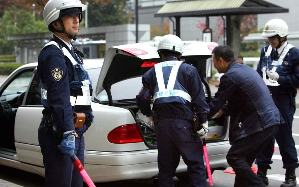 japan-police