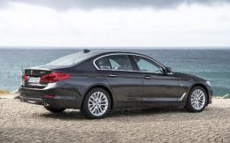 p90243490_highres_the-new-bmw-5-series