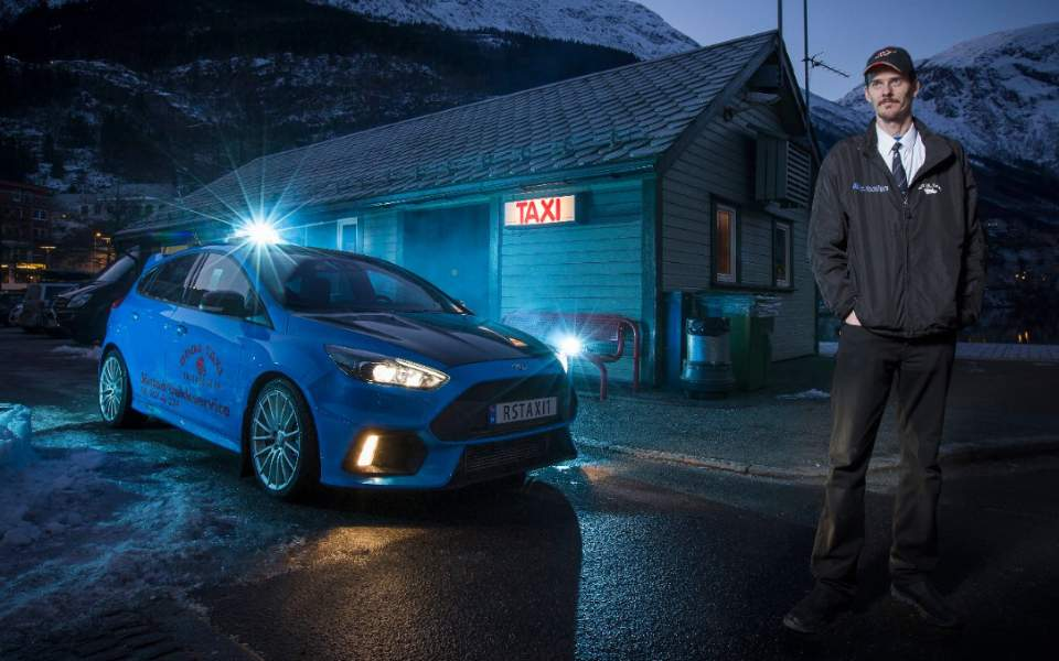 2017_ford_rs-taxi-driver_0607