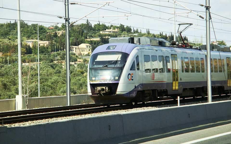 Αξιοποίηση της παλιάς σιδηροδρομικής γραμμής του ΟΣΕ στα Άνω Λιόσια.