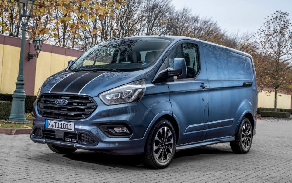 ford-transit-custom-sport