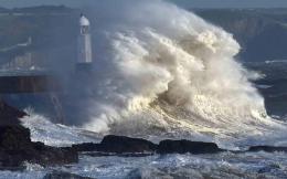 waves-crash-_1-thumb-large