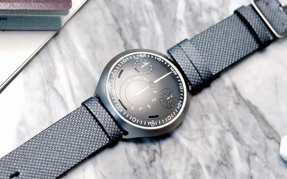 ressence-type-2-e-crown-concept-1