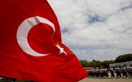 turkey_flag-thumb-large--3-thumb-large-thumb-large--2