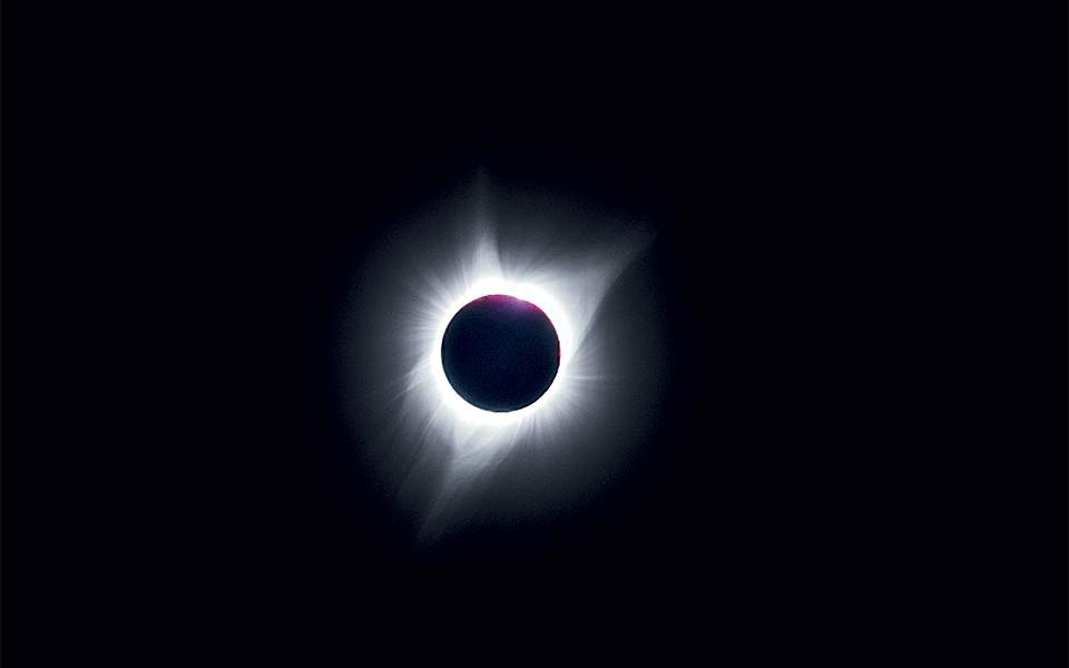 astrophotography---total-solar-eclipse