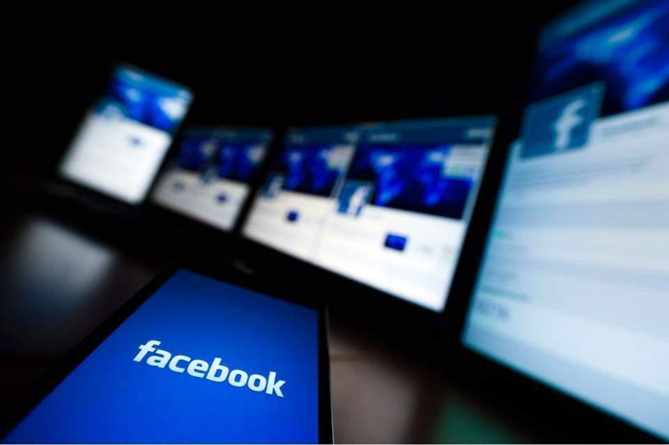 facebook-thumb-large--2-thumb-large-thumb-large