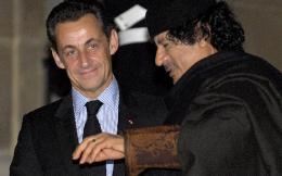 sarkozy-gaddafi2