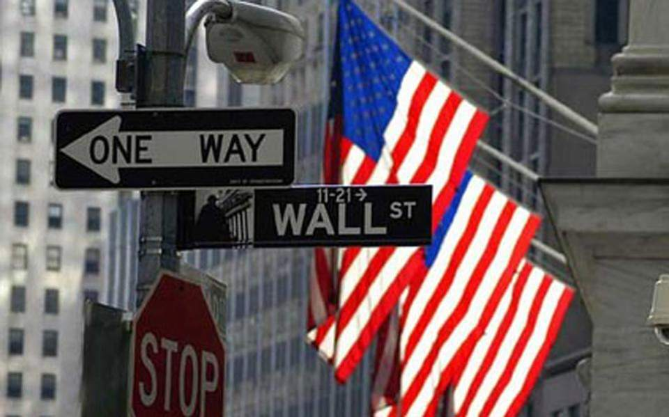 02s10wallstreetoutside-thumb-large