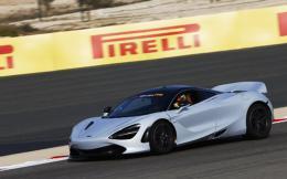f1-pirelli-hot-laps-3