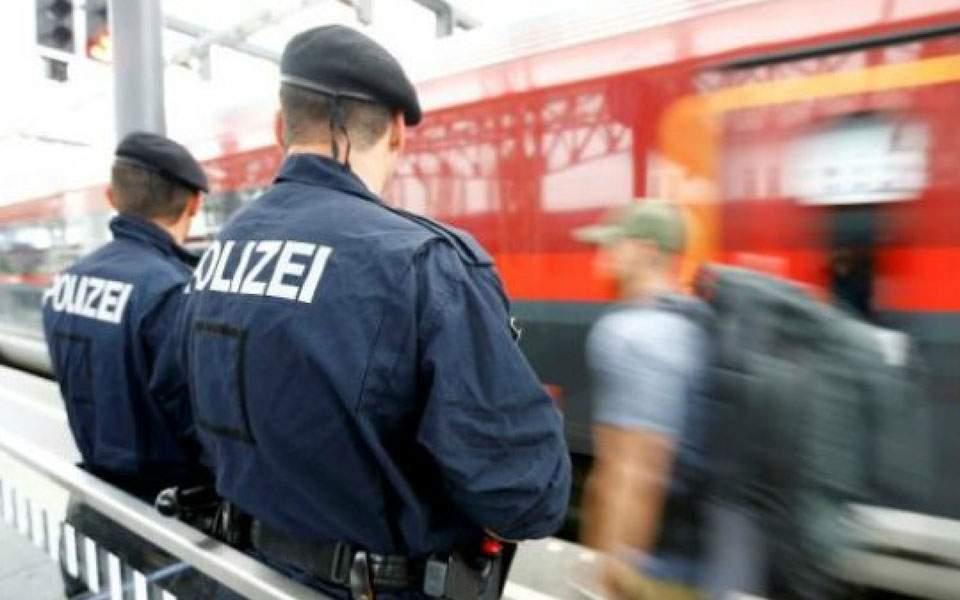 408772-austria-policereuters