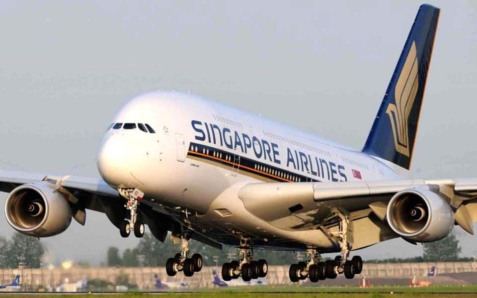 singapore-airlines-a380-thumb-large