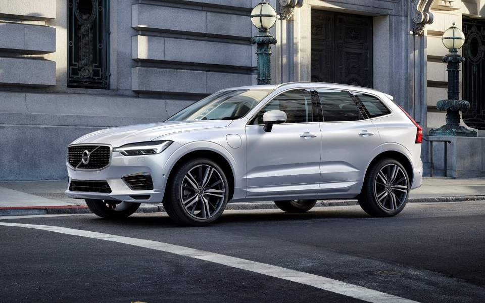 volvo-xc60-2018-1600-0a