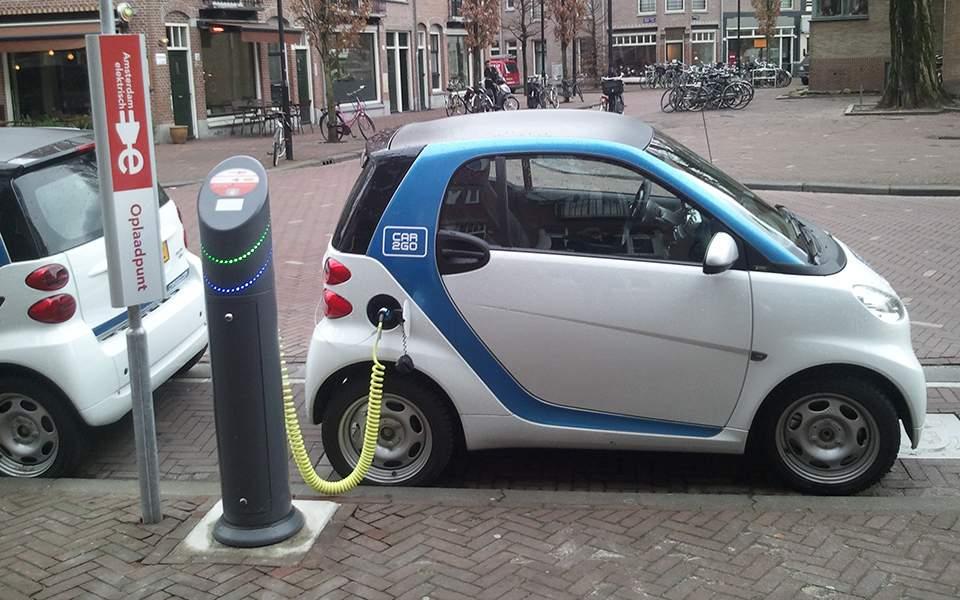 6s32electric_car