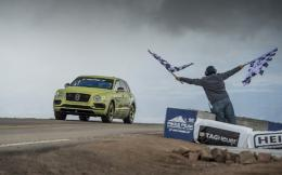 bentley-bentayga-pikes-peak-2018---finish-line