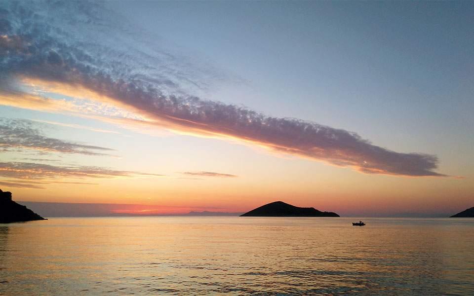 leros-sunset-heinrich-hall-peter-sommer-travels