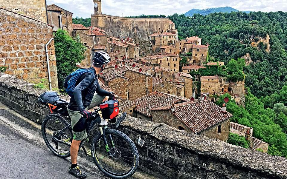 Αποτέλεσμα εικόνας για Ποδηλατώντας στην Τοσκάνη