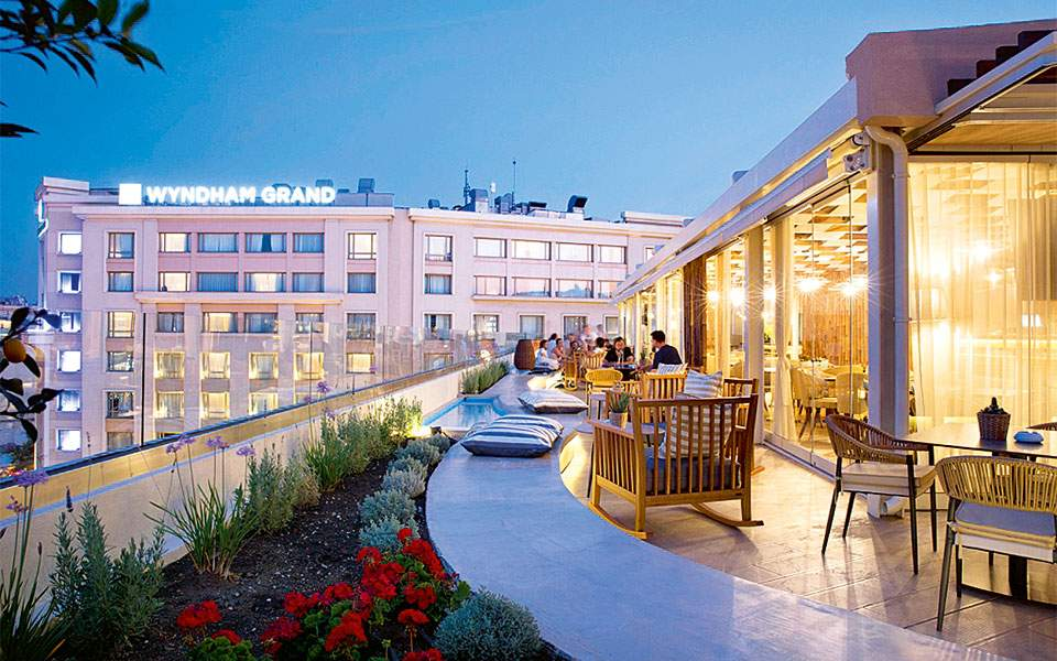 roof-top-bar-restaurant_exterior