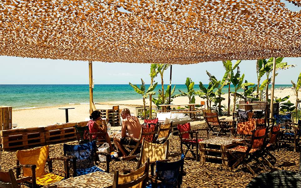 casablanca--beach-bar
