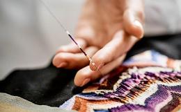 embroidered-saddle-bag_-fw1819-_-credit-pol-baril-15