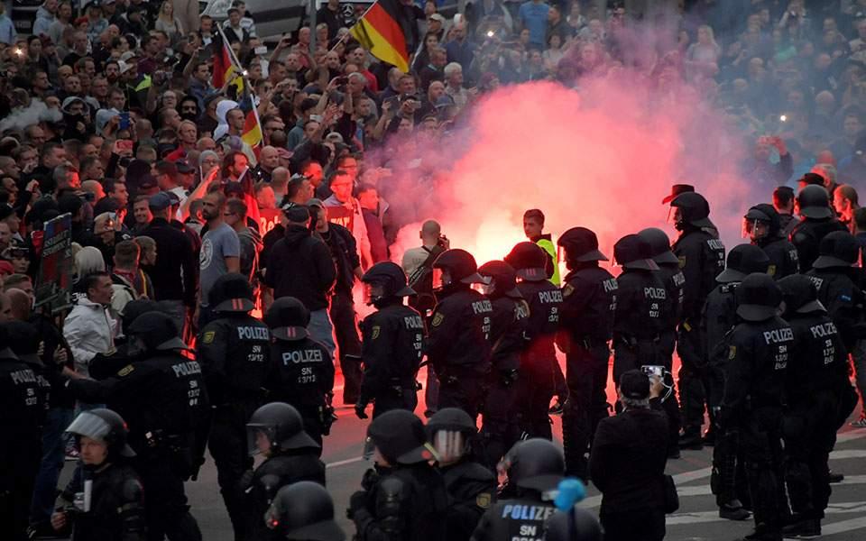 riot-policem