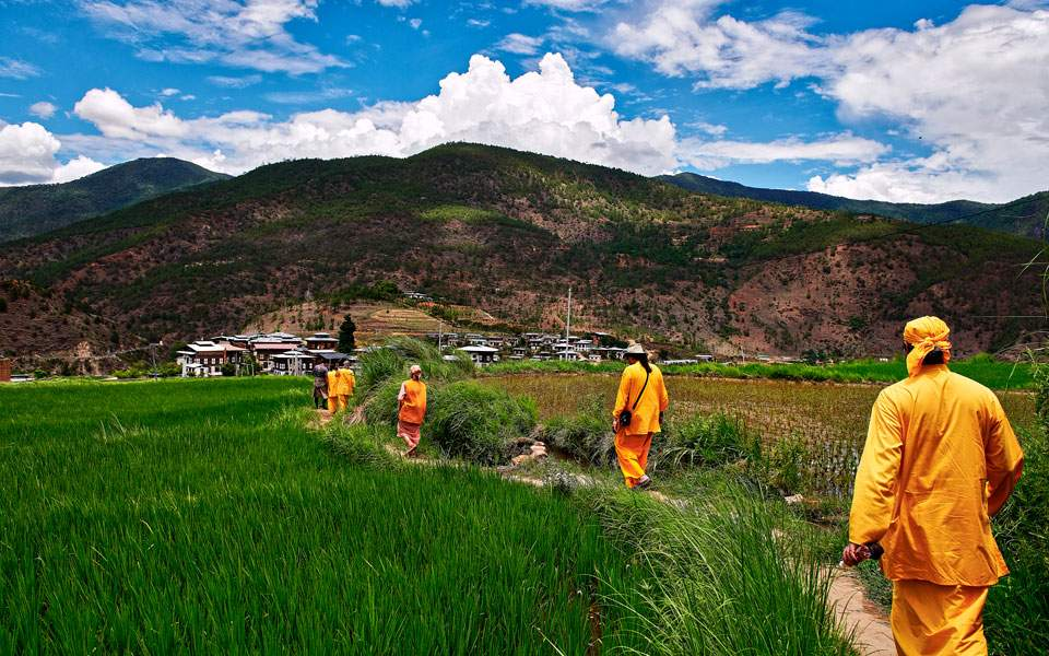 nepal_bhutan_tour_adv29_3_1753941
