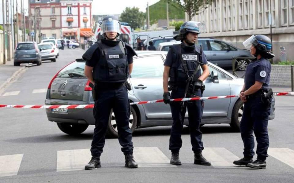 paris-police2345234