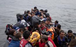 refugees_lesvos_web-thumb-large