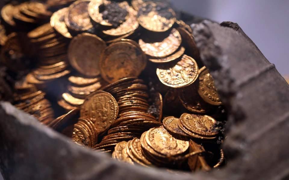 roman-gold-c