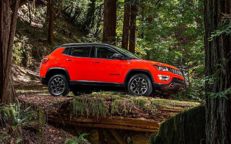 jeep-compass-2017-1600-27