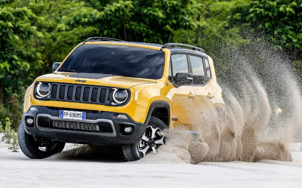 jeep-renegade-2019-1600-0b