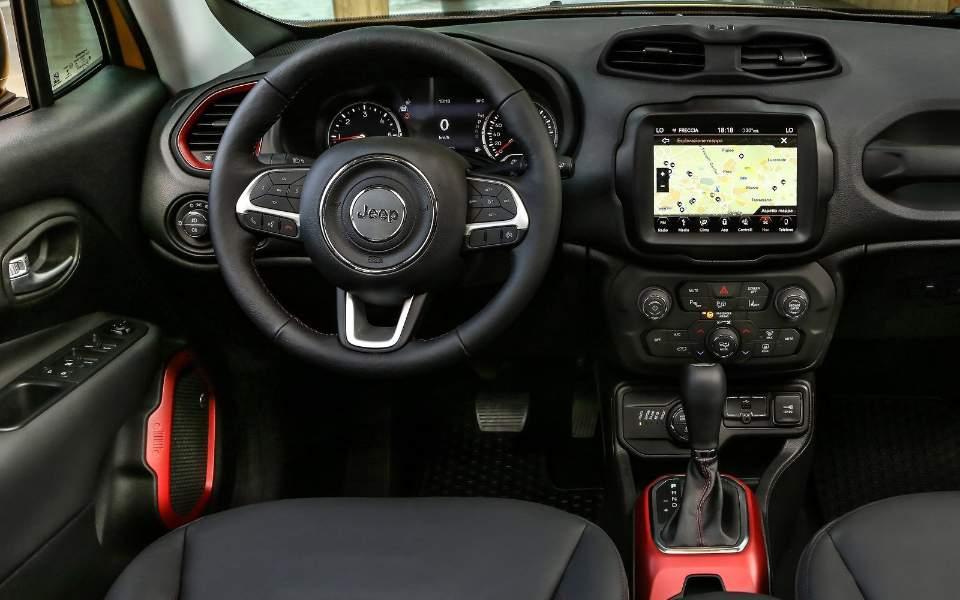 jeep-renegade-2019-1600-25