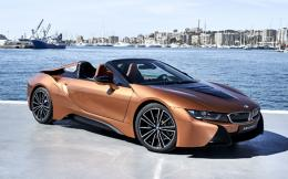 p90301932_highres_bmw-i8-roadster-04-2