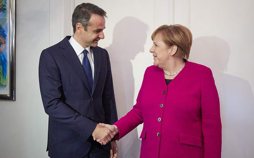 Μητσοτάκης - Μέρκελ: Συμφώνησαν ότι διαφωνούν για τις Πρέσπες